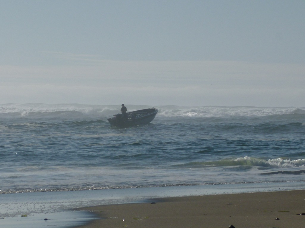 surf fishing oregon coast pebblekeeper